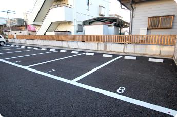 ひだまり鍼灸整骨院 院横駐車場